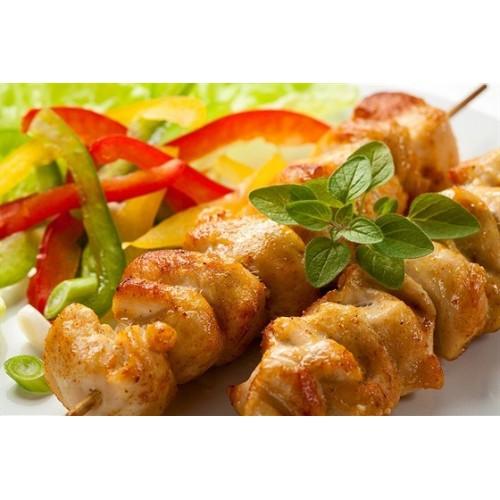 Маринованное куриное мясо на шпажке